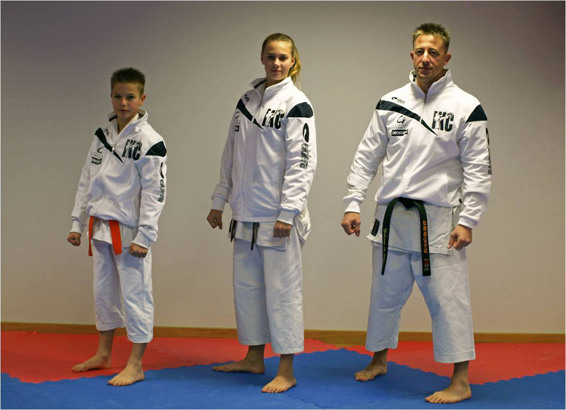 karate-frejus-club-textile.jpg